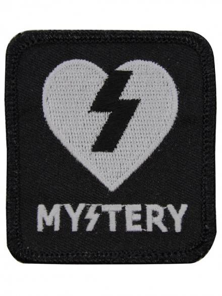 Parche Mystery Heart Assorted Black