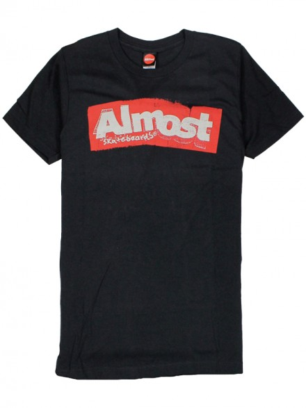 Playera Almost Bent Out Black